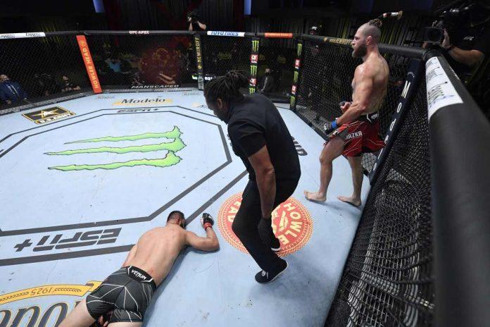 UFC: le KO monstrueux de Prochazka sur Reyes (VIDEO)