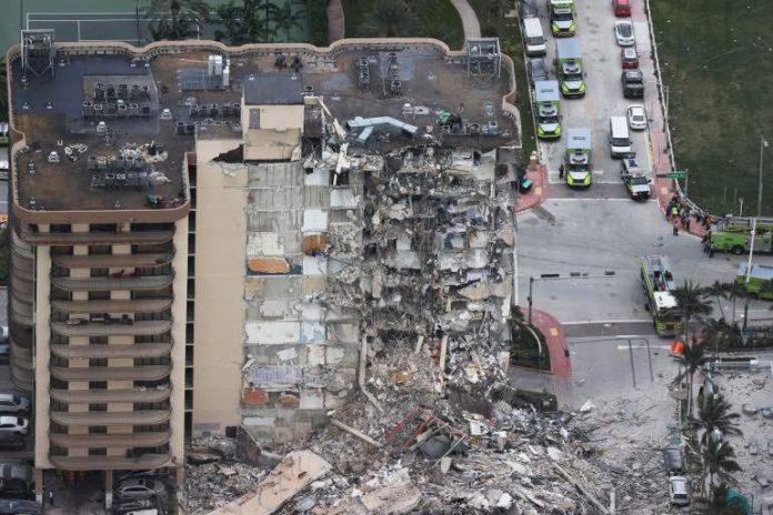 États-Unis: un immeuble s'effondre près de Miami, au moins 99 personnes disparues