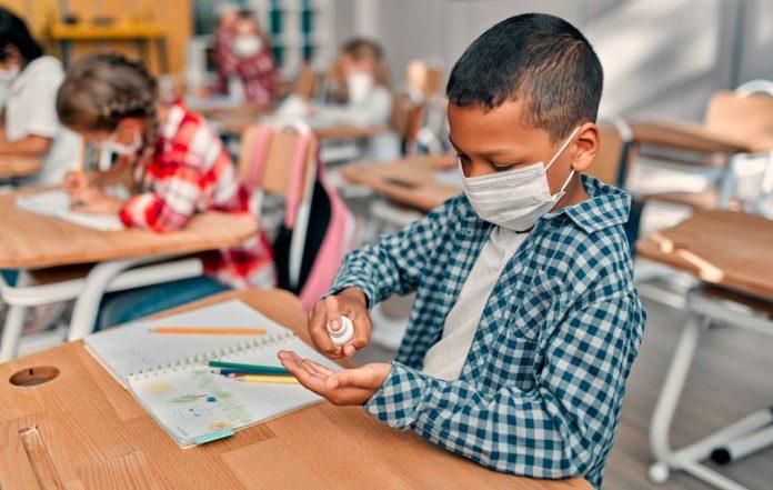 Coronavirus : Le masque dans le primaire ne sera plus obligatoire le 4 octobre selon les départements