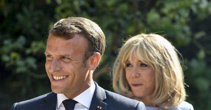 Photo d'Emmanuel Macron en maillot de bain : enquête ouverte pour
