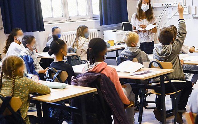 Rentrée scolaire 2021 en direct: Plus de 12 millions d'élèves retournent en classe