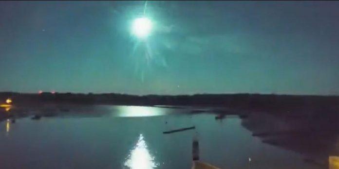 Une météorite aperçue cette nuit dans le ciel breton (VIDEO)